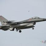 F-16 Danese Winter Hide2013